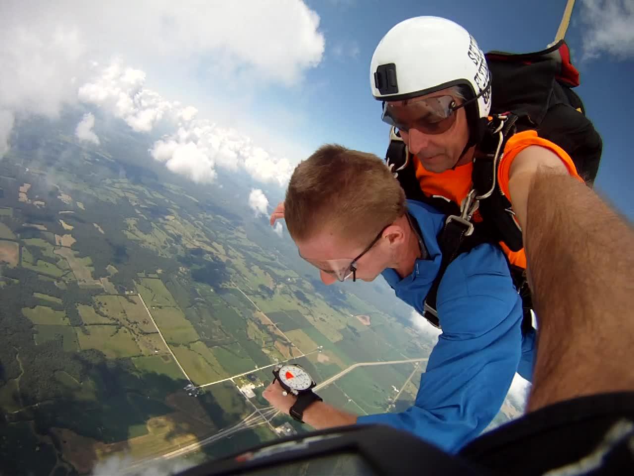 Altimeter - skydiving