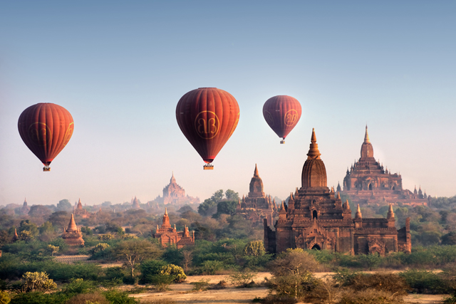 Bagan, Myanmar - Hot Air Balloon