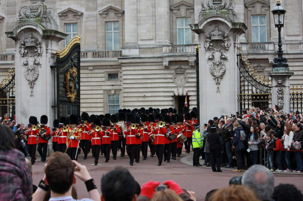 Buckingham Palace and the Changing of the Guard - London