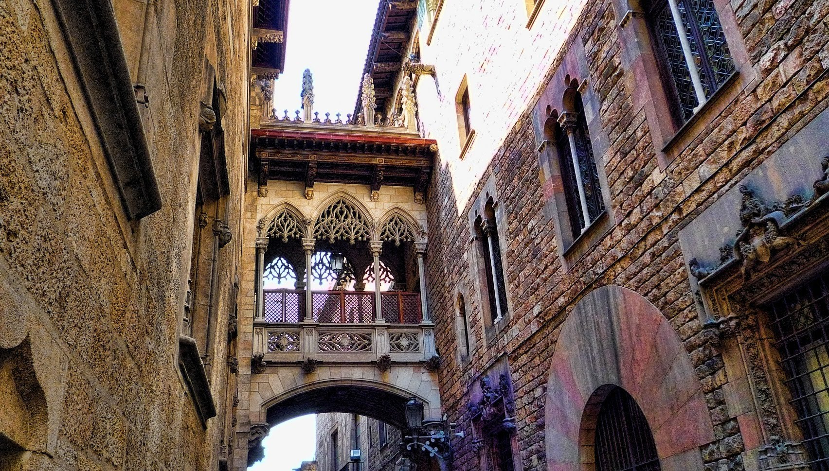 Gothic Quarter - places to go in Europe