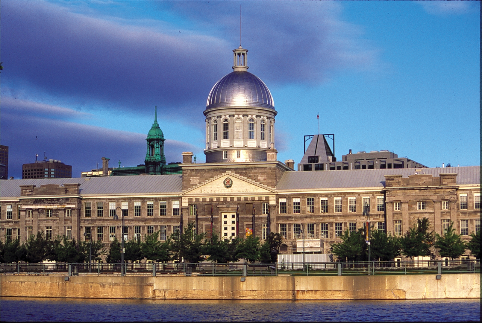 hostorical place in montreal, things to do during the day