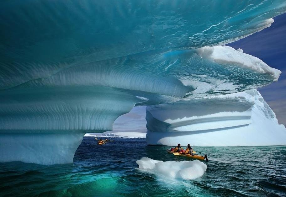 Ice sheet Bay, Alaska - kayak
