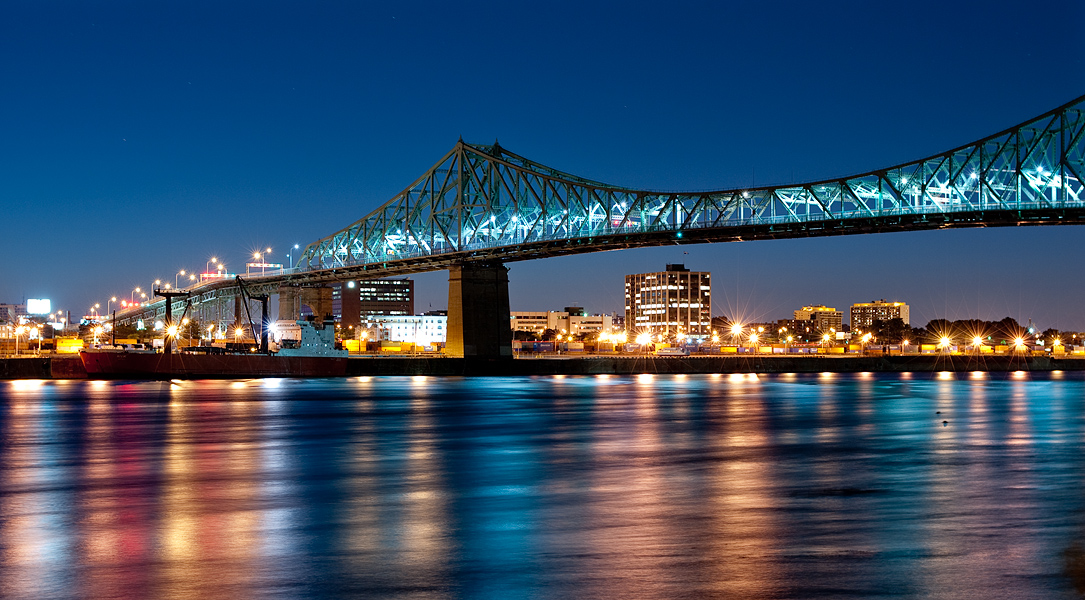 attractive bridge-things to do in Quebec montreal