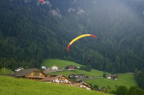 Seiser Alm, Dolomites, Italy paraglidingg