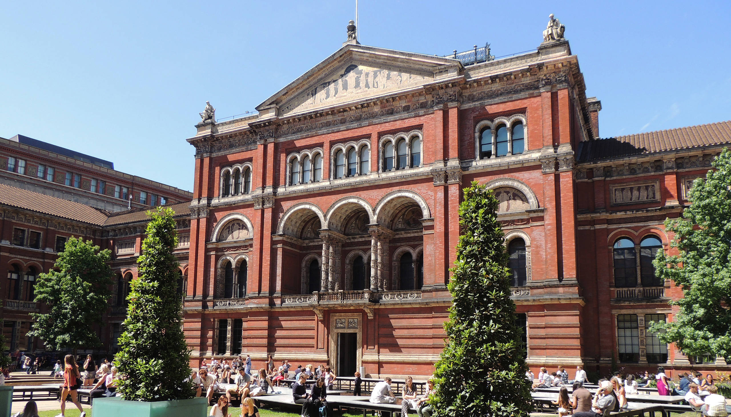 Victoria and Albert Museum - things to do in London