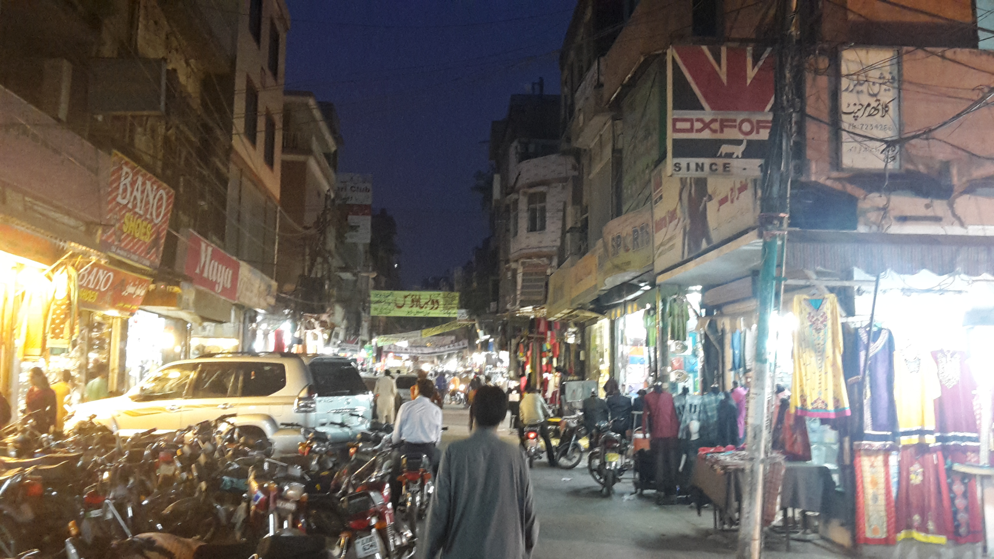 anarkali bazaar - things to do in Lahore