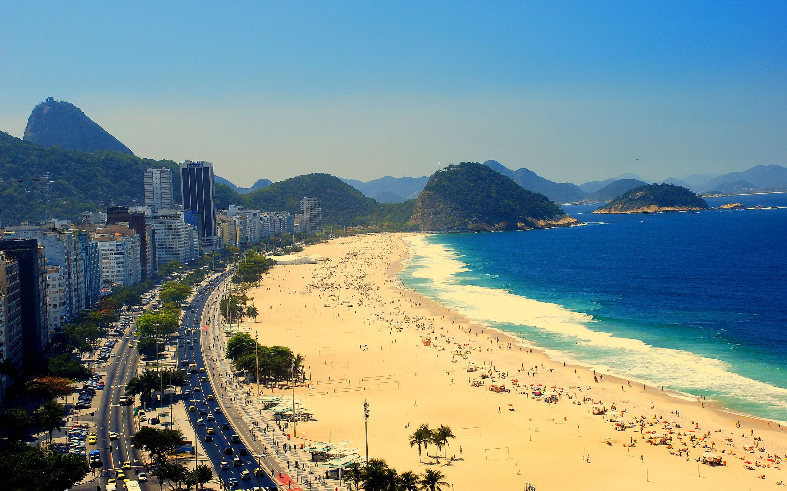 copacabana  - things to do in Brazil