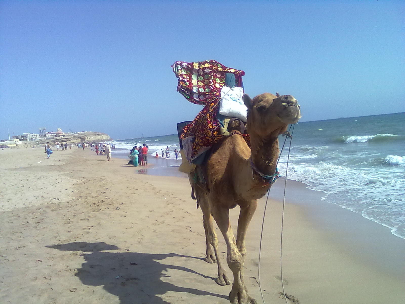 manora beach - picnic places in Karachi