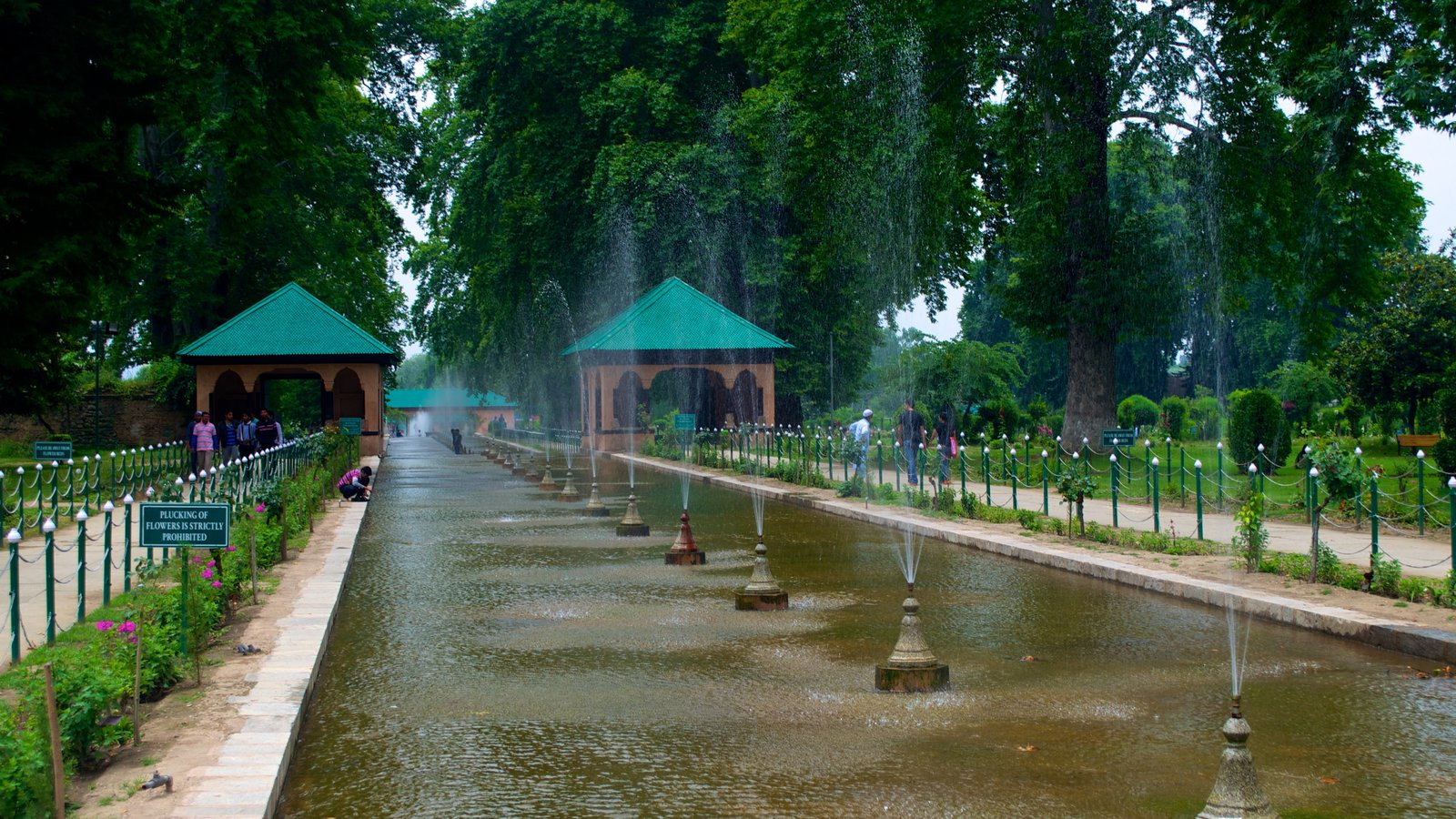 shahlimar bagh - things to do in Lahore