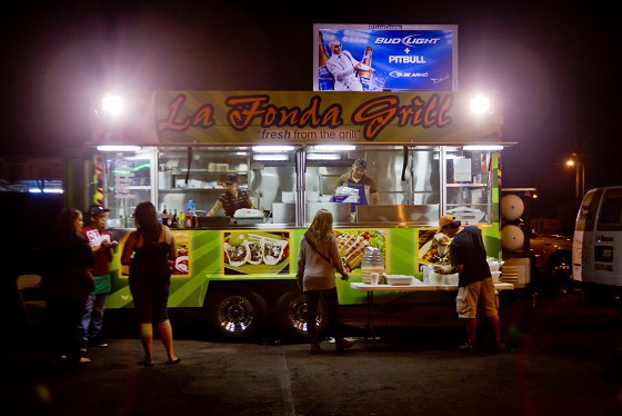 taco trucks - things to do in los angeles