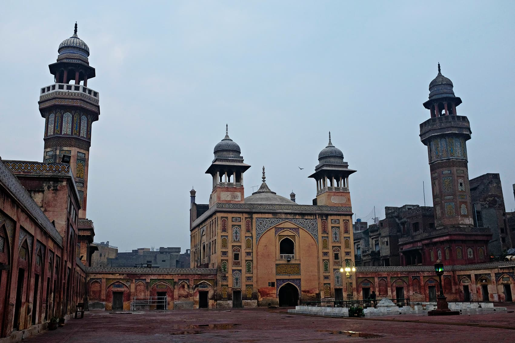 wazir khan masjid - things to do in Lahore