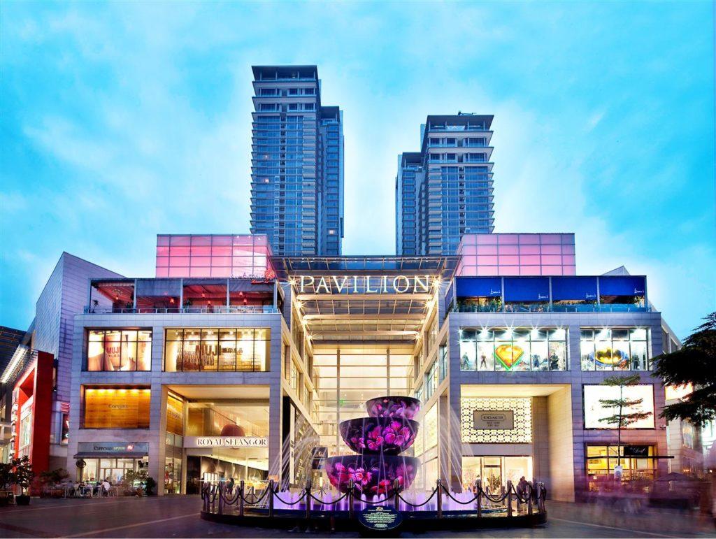 #12 of 15 Things to Do in Kuala Lumpur, Malaysia – Drop by the Jalan Alor - Things to Do in Kuala Lumpur