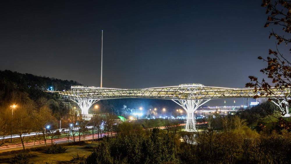 Tabiat Bridge, Things to do in Tehran
