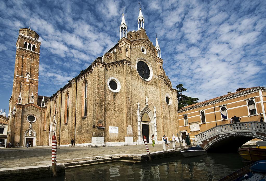 Santa Maria Gloriosa dei Frari, Things to do in Venice