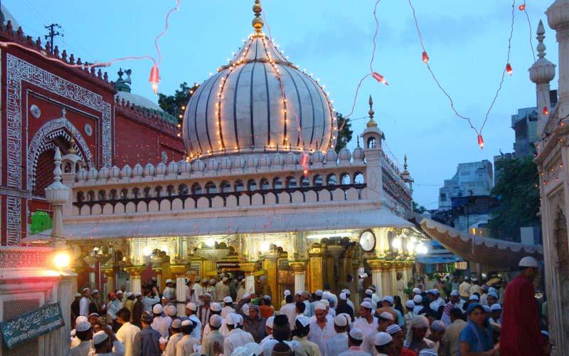 Hazrat_nizamuddin_dargah, Delhi, Points of Interest