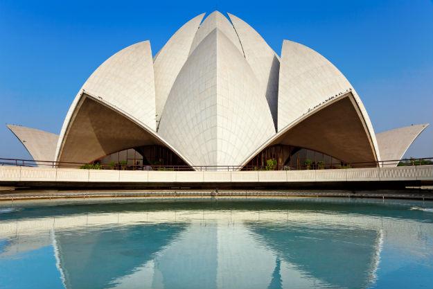 Lotus-temple- Delhi, Points of Interest