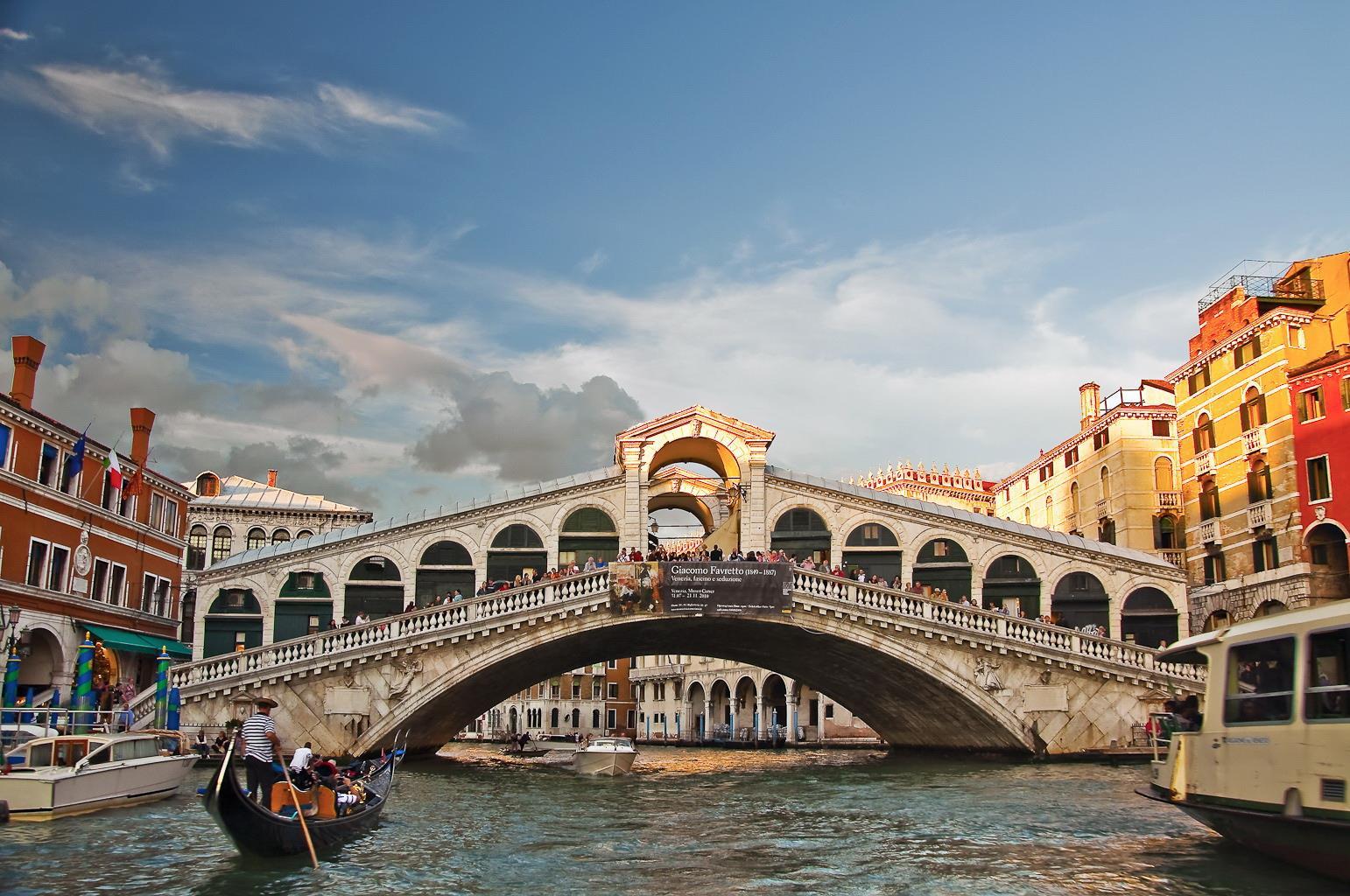 Rialto-Bridge, Things to do in Venice