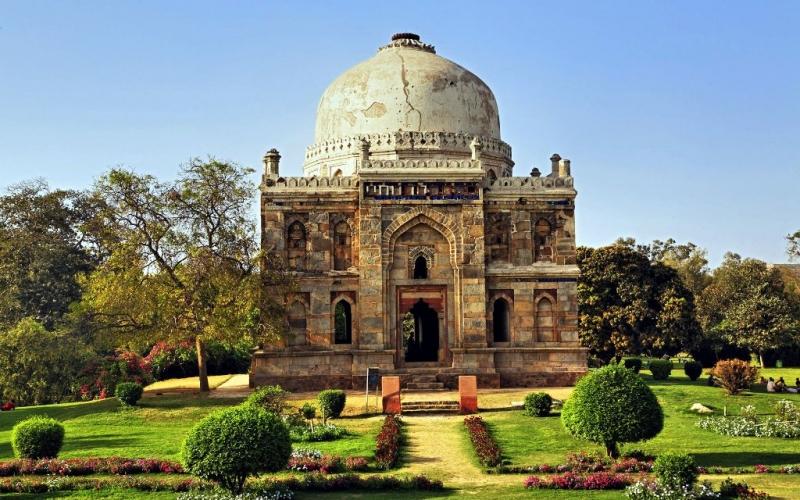 Lodhi-Gardens, Delhi, Points of Interest