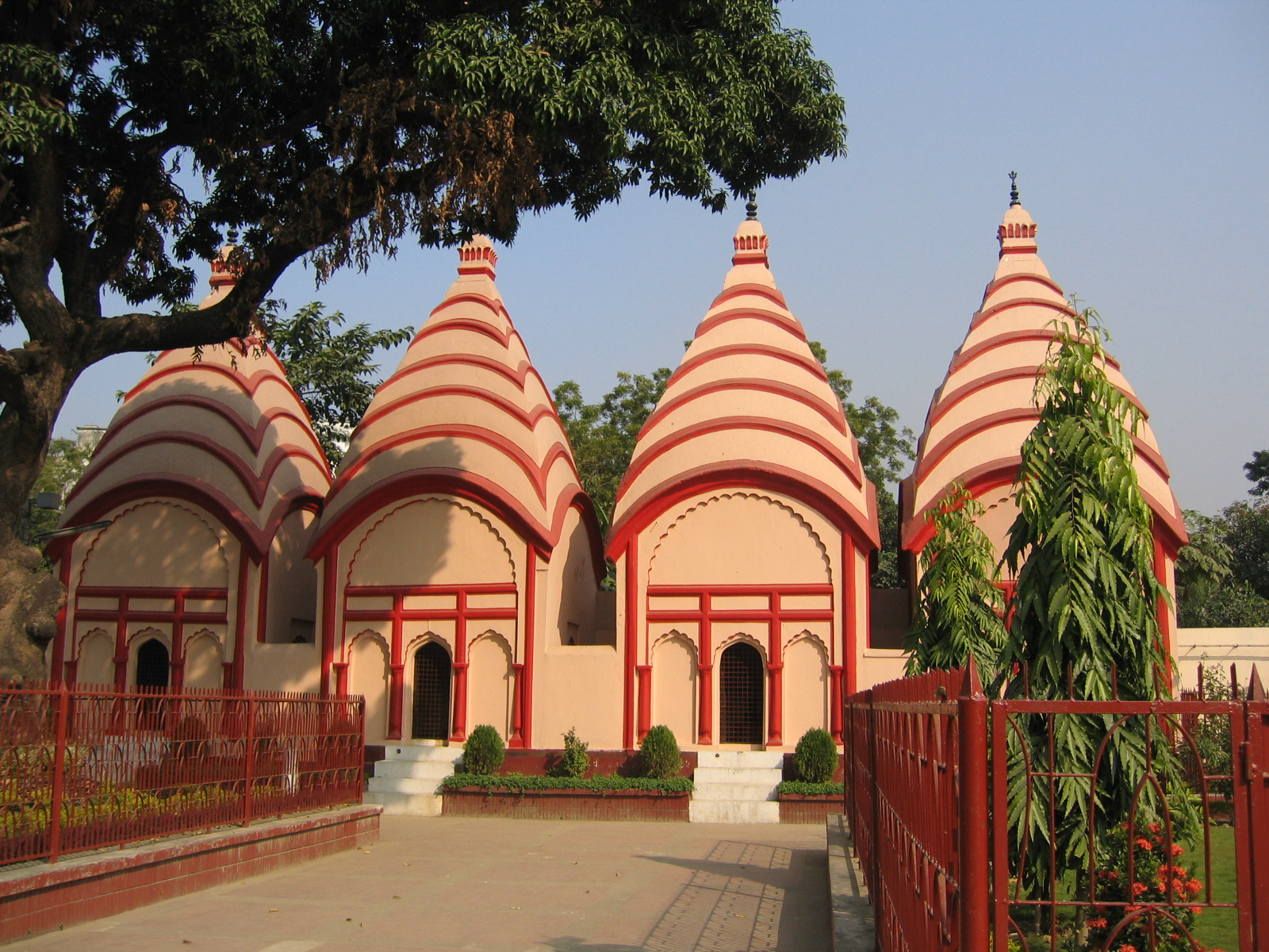 Shiva_temples_Dhakeshwari_Points of Interest in Dhaka
