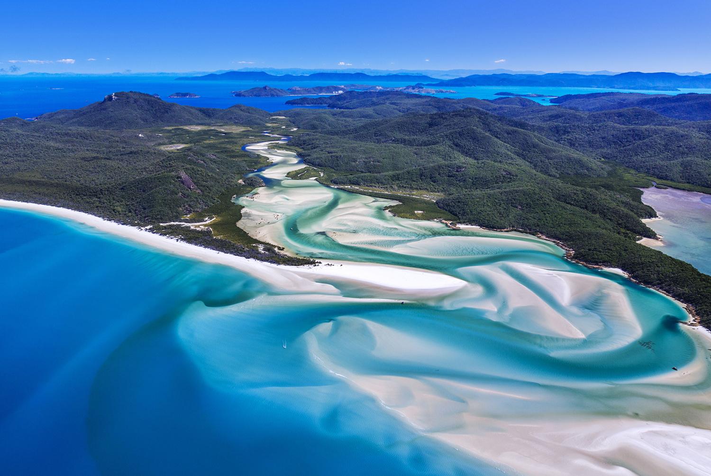 bluish white lake - things to do in Australia