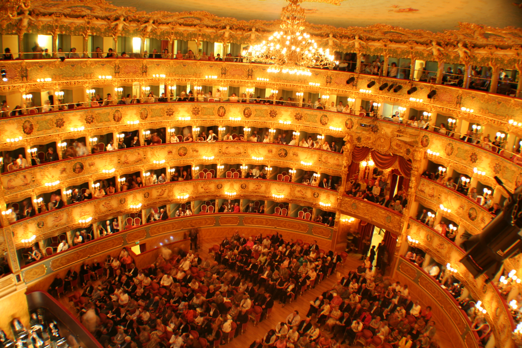 Teatro La Fenice, Things to do in Venice