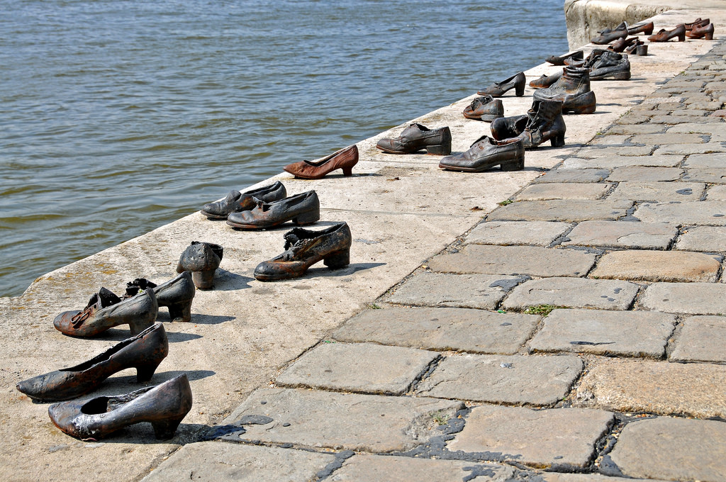 Danube Bank memorial, Things to do in Budapest