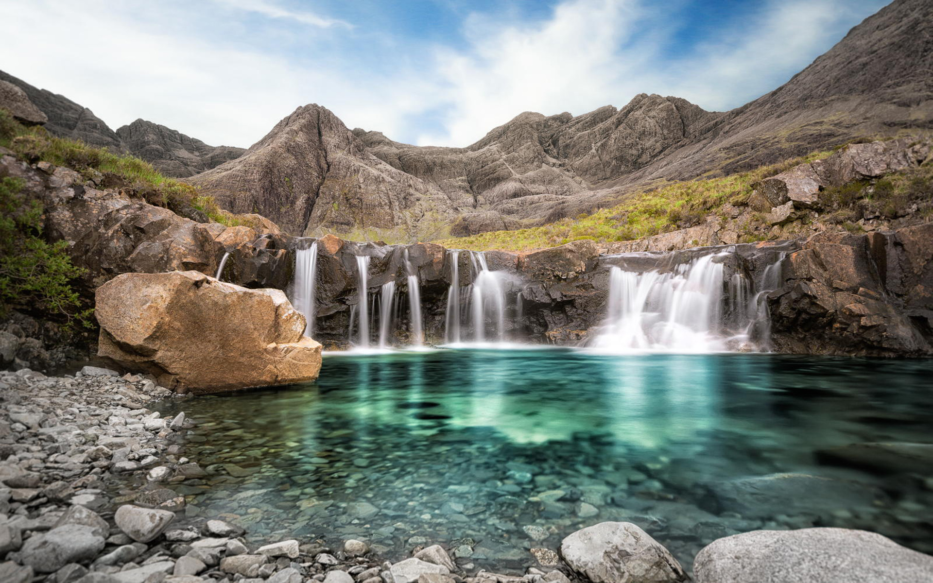 Fairy pools isle of skye in scotland - places to visit in the World