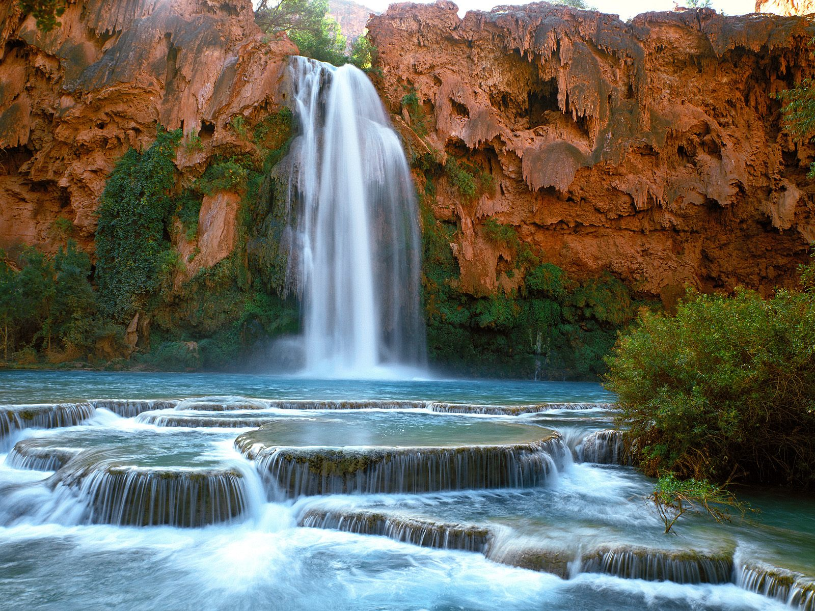 Havasu Falls – Grand Canyon National Park - places to visit in the world