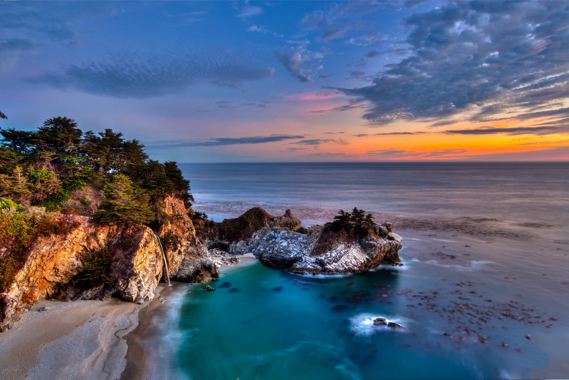 Julia Pfeiffer Burns State Park, California - places to visit in the world