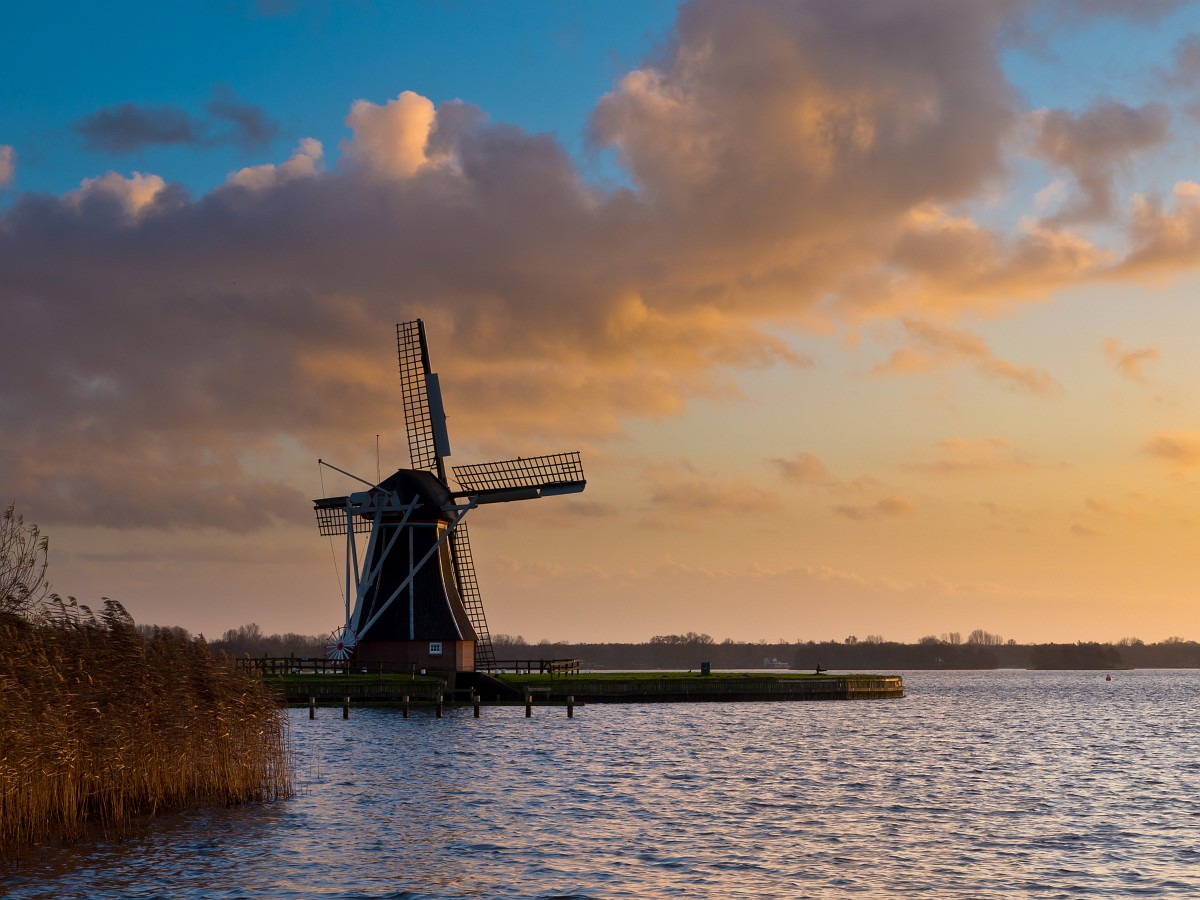 Paterswoldse-Meer-Lake-Groningen-Netherlands-places-to-visit-in-the-world