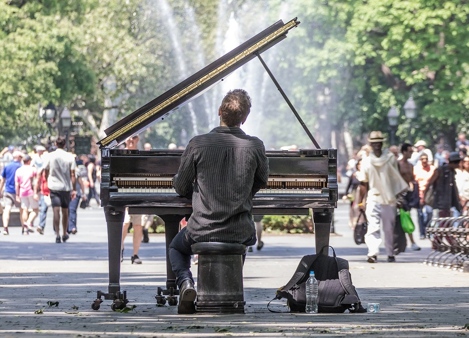 Washington Square Park, Unique Things to do in New York