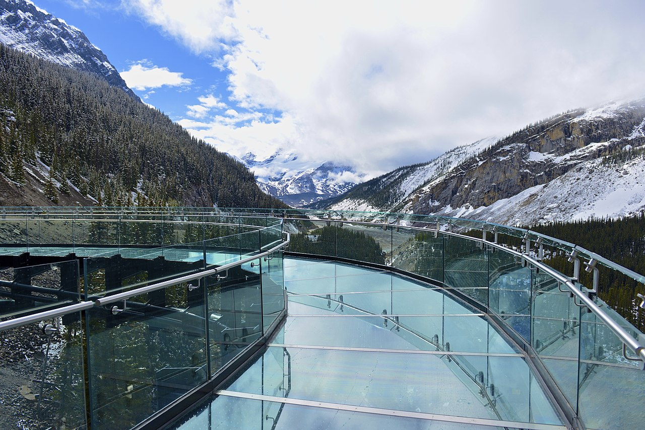 Glacier skywalk, Things to do in Banff
