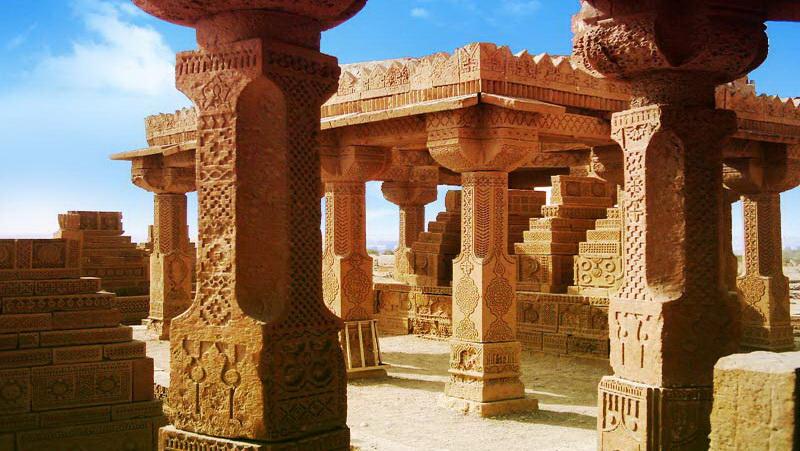 Chaukhandi-Tomb-Things to do in Karachi