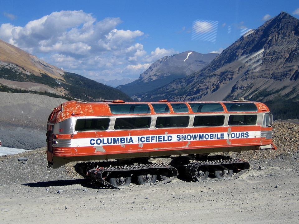 columbia icefields, Things to do in Banff