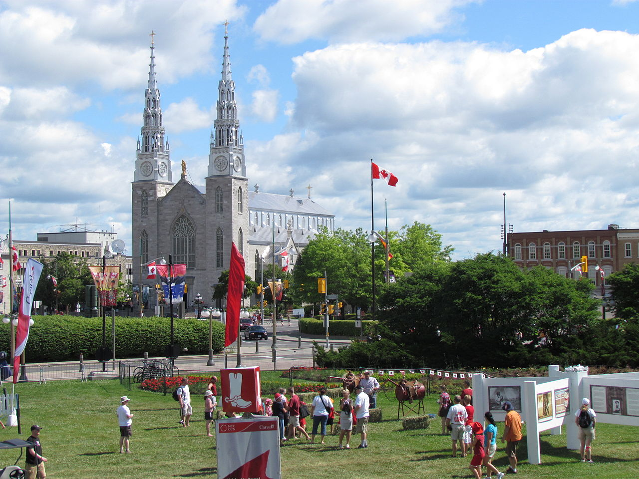 Notre Dame Cathedral Basilica, Ottawa, Canada, Things to do in Ottawa
