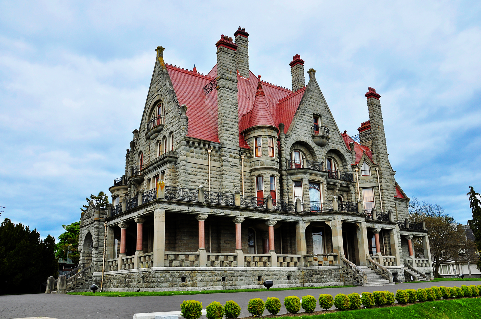 Craigdarroch castle, Things to do in Victoria, Canada