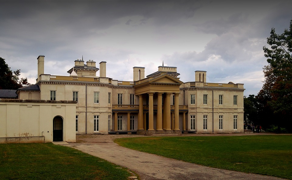 dundurn castle, Things to do in Hamilton, Canada