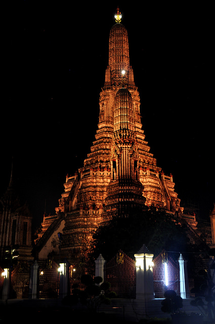 Wat Arun Temple - things to do in Bangkok