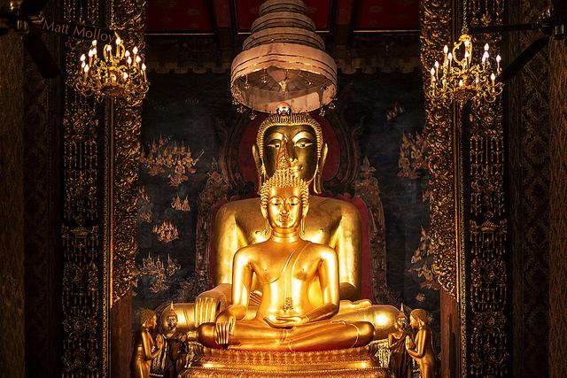 Wat Bowonniwet - things to do in Bangkok
