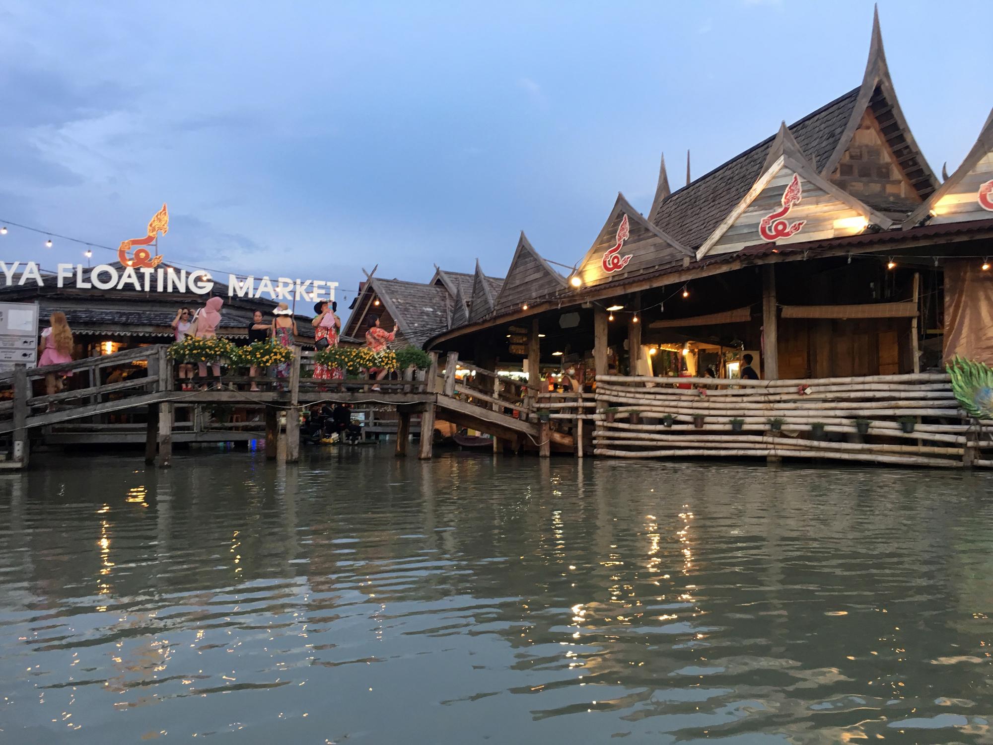 Pattaya - floating market - things to do in Pattaya