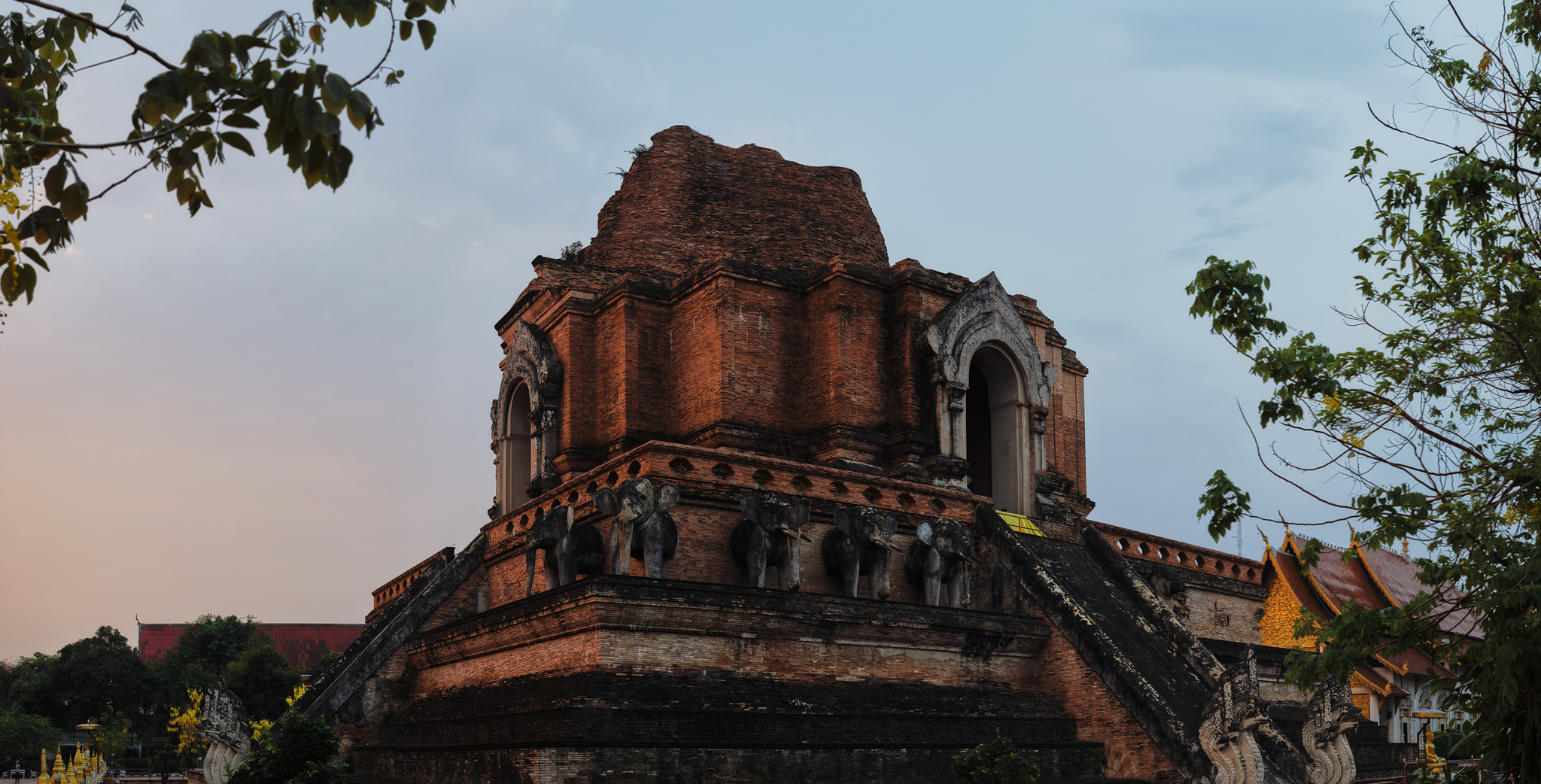 Wat Chedi Luang - Things to do in Chiang Mai